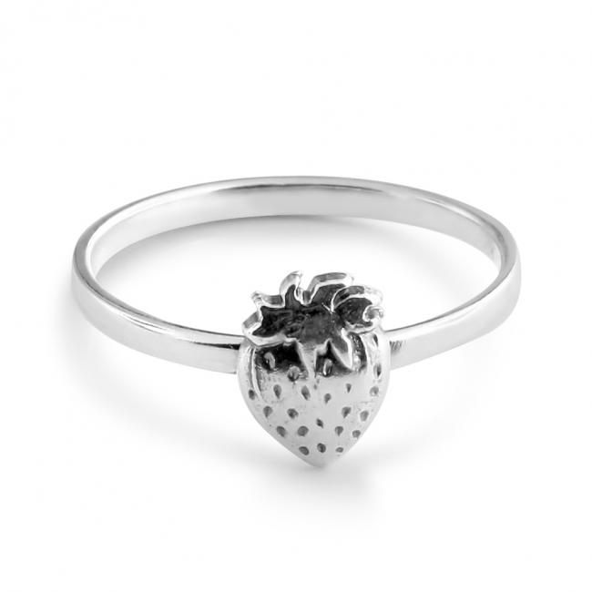 925 sterling silver ring Strawberry