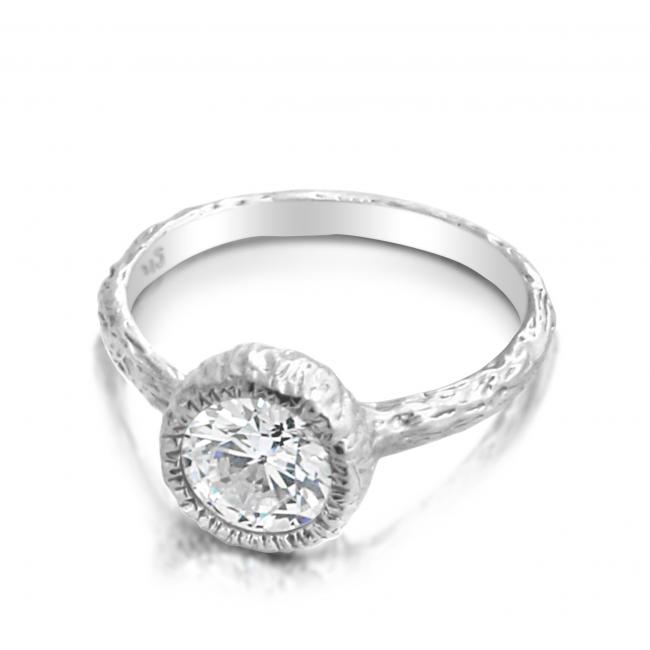 925 sterling silver ring Ring w/ CZ