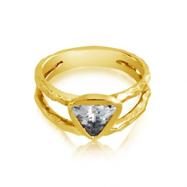 Gold plated ring Doubled Band w/ Triangle Shaped CZ