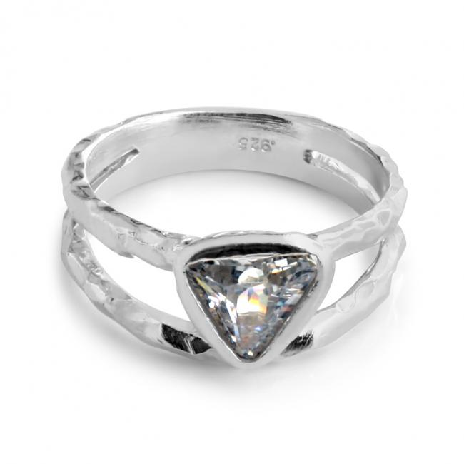 925 sterling silver ring Doubled Band w/ Triangle Shaped CZ